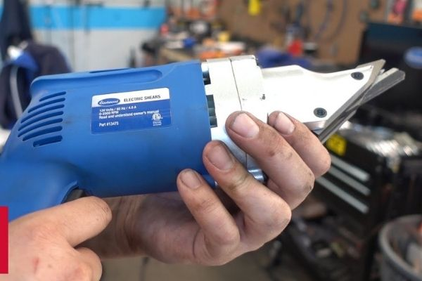 Guide on Buying Electric Shears