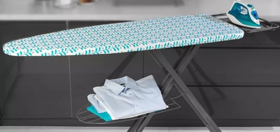 How To Use An Ironing Board Correctly – Complete Guide To Ironing