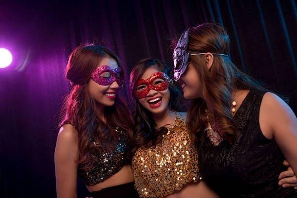 Masquerade Party women